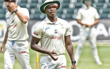Lungi Ngidi Out Due to a Hamstring Tear