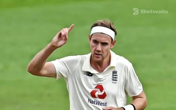Stuart Broad Fined for Inappropriate Language