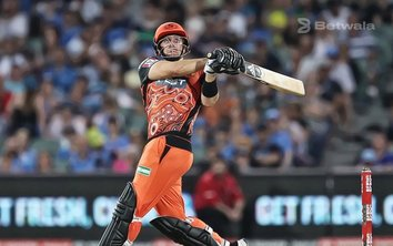 Liam Livingstone Extends Contract with Perth Scorchers