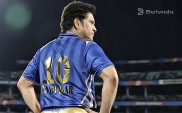 Sachin Tendulkar Suggests Using New Cricket Balls