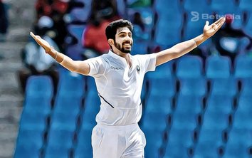 Jasprit Bumrah Returns to the List of Top 10 Bowlers