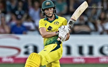 Meg Lanning Leads Australia to Another Victory