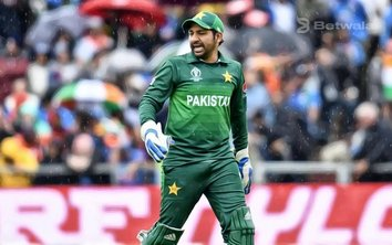 Sarfaraz Ahmed Reveals PCB Informed Him About Sacking
