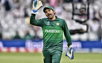 Sarfaraz Ahmed Shares Record With MS Dhoni