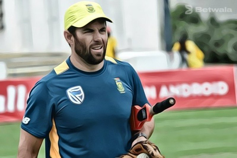 Neil McKenzie Resigns as Bangladesh Batting Consultant