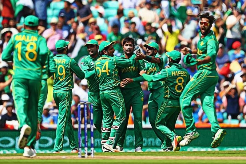 Pakistan Wins Against England by 14 Runs